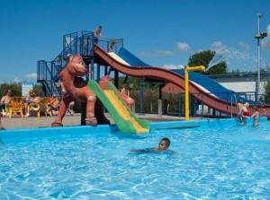 Openingsfeest buitenbad-seizoen in zwembad 't Zuiderdiep