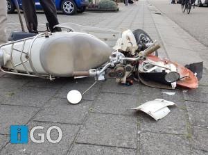 Ongeval scooter met auto Olympiaweg Sommelsdijk