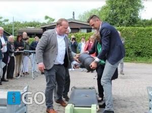 Fort Prins Frederik Ooltgensplaat krijgt kanon cadeau van Fort Sabina