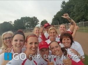 Dames Islanders versterken toppositie