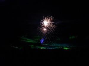 Vuurwerk- en lasershow op strand