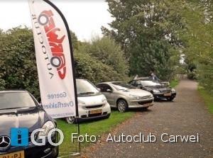Autoclub Carwei trots op nieuw logo en beachflags