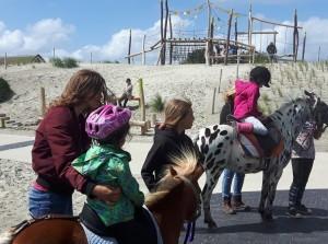 Ponyrijden over Ouddorp Duin