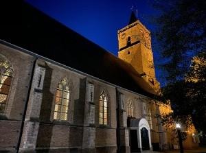 Vleugel, orgel en koorzang in de Hervormde kerk Dirksland