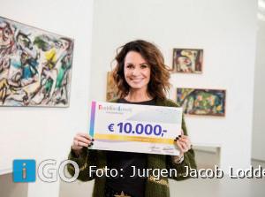 Ouddorpse Aletta (82) op verjaardag verrast met 10.000 euro
