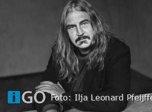 Literaire avond met Ilja Pfeiffer in het BREStheater