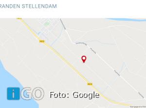 Op meerdere plaatsen branden in Stellebos Stellendam
