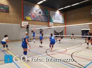 Intermezzo dames voorlopige koploper na 4-0 winst in Rotterdam