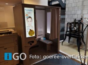 Pasfoto's maken in het gemeentehuis Goeree-Overflakkee
