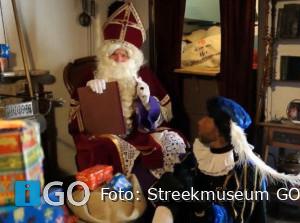 [video] Sinterklaasfeest compleet met speurtocht door oud-Sommelsdijk