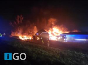 [video] Grote brandmelding touringbussen Heerendijk Oude-Tonge