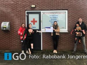 Rode Kruis Goeree-Overflakkee ontvang gift Rabobank Jongerenraad