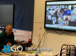 Sopogo scholen werken thuis in digitale Classroom