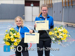 Sanne en Mirthe behalen assistenten diploma Turn2Move