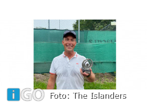 Peter Roubos wint Houke Hoeksma TrofeeInbox The Islanders Oude-Tonge