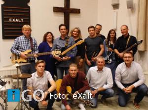 Praiseband eXalt is weer begonnen en zoekt zangeressen