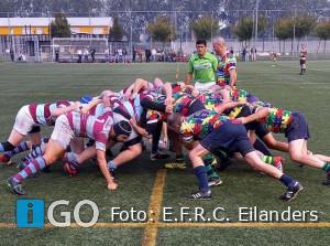 RugbyersE.F.R.C. Eilanders lopen zich vast tegen snelle studenten