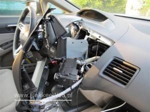 Inbrekers aangehouden en auto 's opengebroken