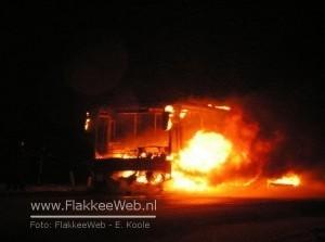 Bus in brand op N59