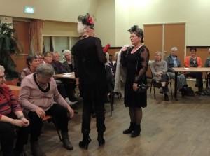 Modeshow bij de 55+ club in Ouddorp