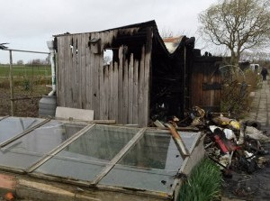 Schuurtje in brand Molenweg Sommelsdijk