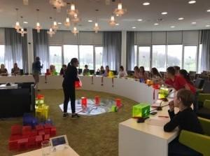 Basisschoolleerlingen leerden over democratische besluitvorming in raadzaal