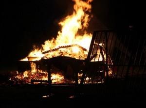 Vitale Kernen GO: huttendorpverbranding kan weer!
