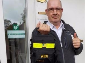 Zuidwester plaatst AED in de Doelenstraat Oude-Tonge