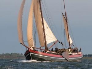 Nederlands oudste zeilschip kiest voor Hellevoetsluis