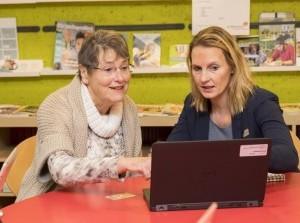 Hulp bij internet- en bankzaken in de bibliotheek