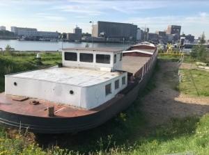 Crowdfunding-actie: binnenvaartschip naar natuurspeelplaats Ooltgensplaat