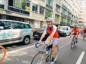 Column Lucas Hartong - Giro