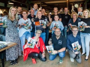 Lancering TOF magazine 6 met TOF biertje Groos