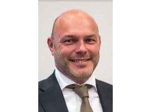 Wethouder Van der Vlugt kondigt vertrek aan bij gemeente Goeree-Overflakkee