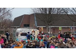 Sinterklaas kampeert bij basisschool de Westhoek