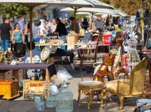 Rommelmarkt bij Van der Linde