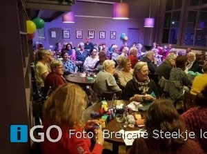 Breicafé Steekje los viert oud-Flakkeesche verjaardag met hoog bezoek