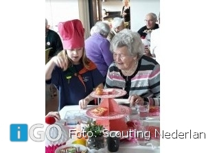 Scouts organiseren high tea voor ouderen