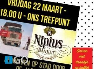 Presentatie foto- en filmmateriaal over festiviteiten op Stad aan 't Haringvliet