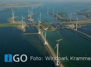 Koning Willem-Alexander opentWindpark Krammer